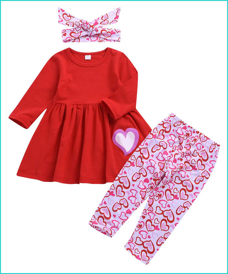 2fc4e44d9548 20 Valentine s Day Baby Outfits That ll Melt Your Heart