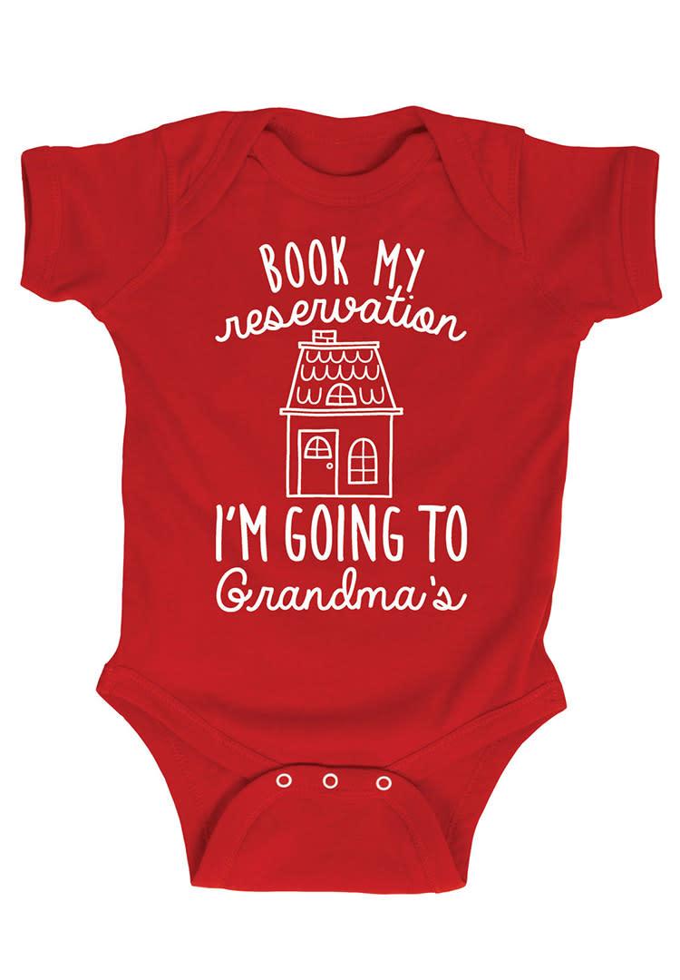 pregnancy-announcements-grandmas-onesie