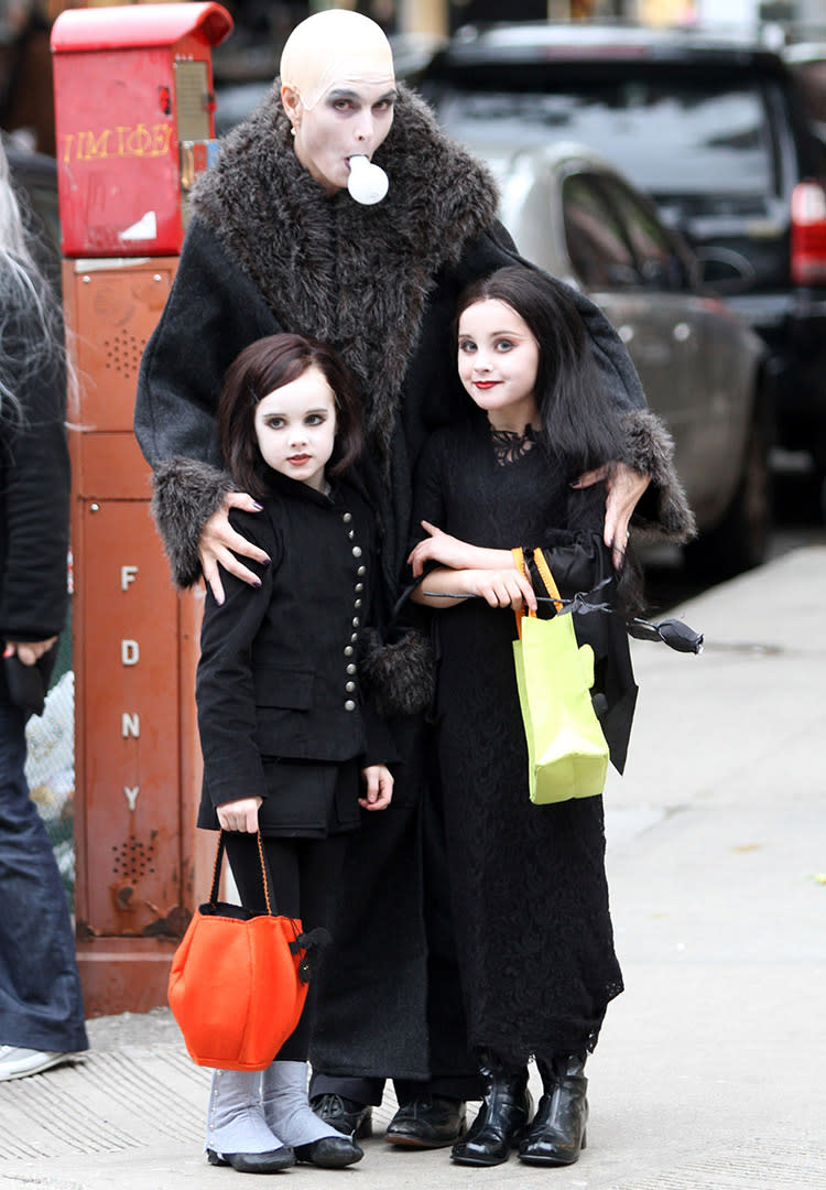 family halloween costume brooke shields addams family
