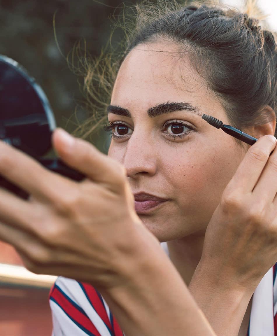 6 Pregnancy Safe Makeup Tips For Moms To Be