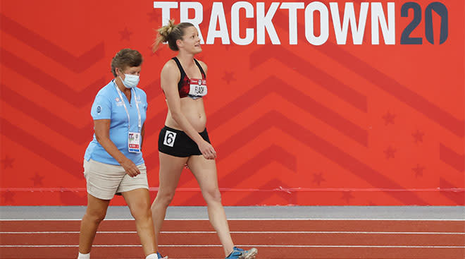 Athlete Lindsay Flach competes in Olympic trails while 18 weeks pregnant.