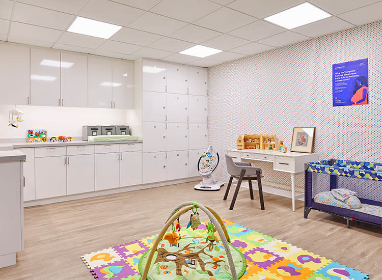 motherhood-center-interior-cabinets
