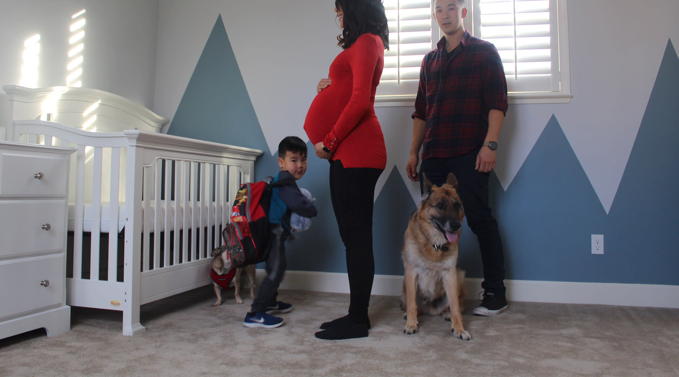 family makes time lapse video of mom's entire pregnancy