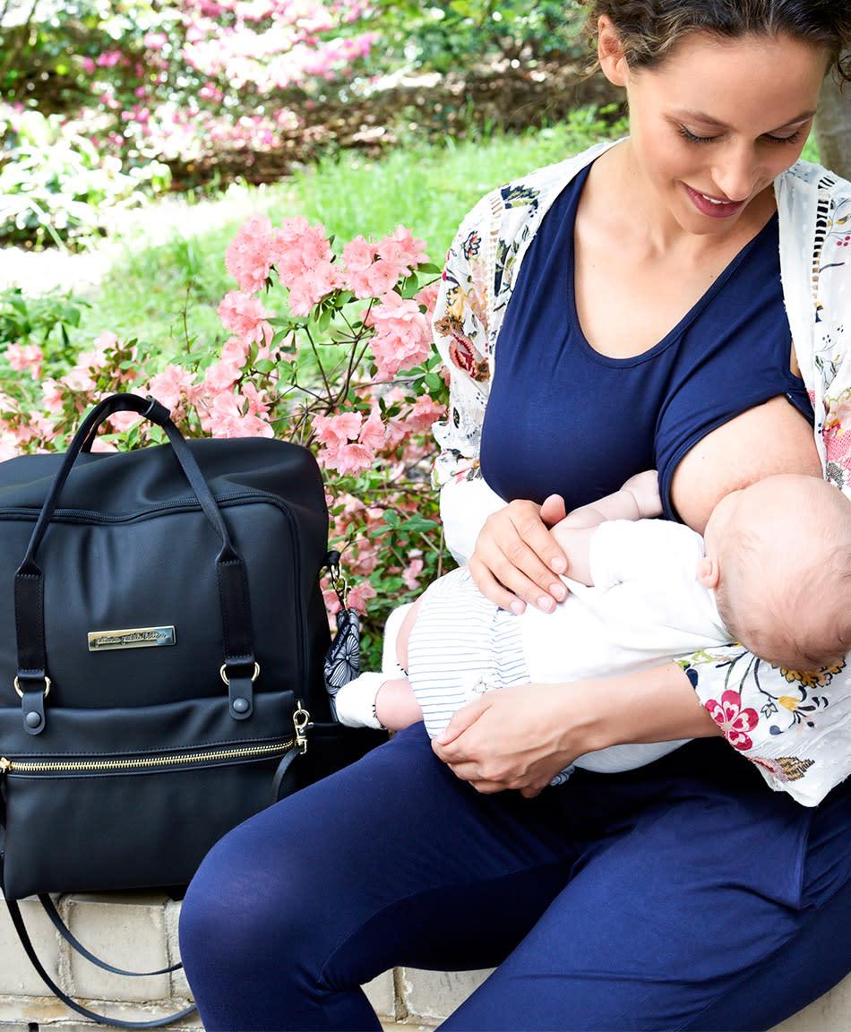 b535a935dd82c2 31 Breastfeeding Tips