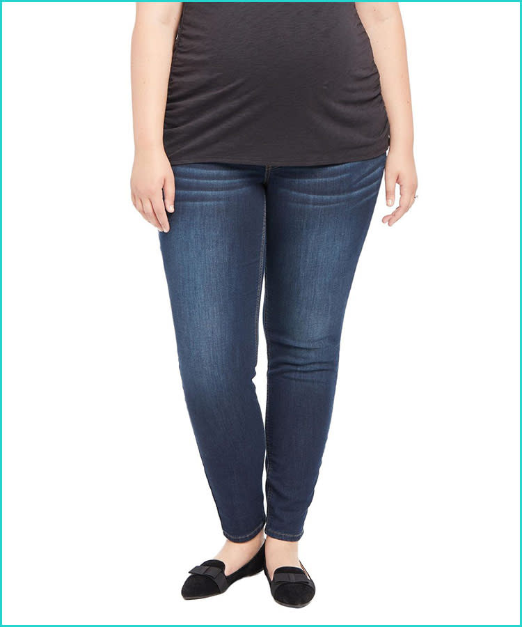 11ee26992b Best Places to Shop for Plus-Size Maternity Clothes