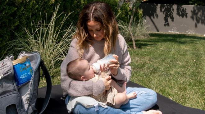 Ashley Tisdale bottle feeds infant daughter enfamil enspire formula