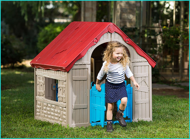 keter-outdoor-toddler-playhouse