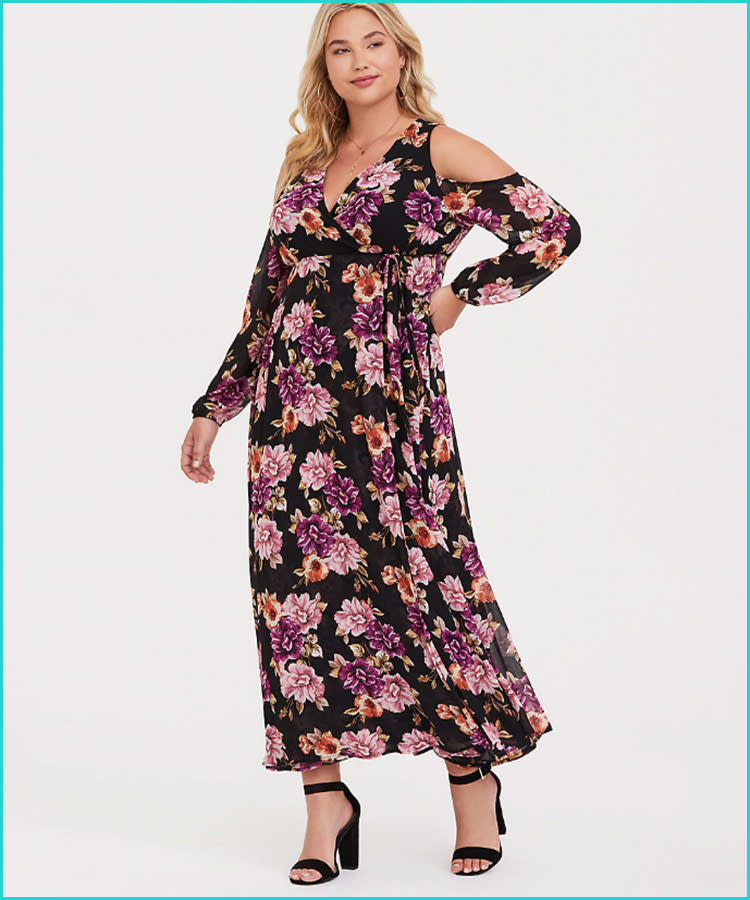 2bf8da282e6 torrid-black-floral-chiffon-plus-size-maternity-dress