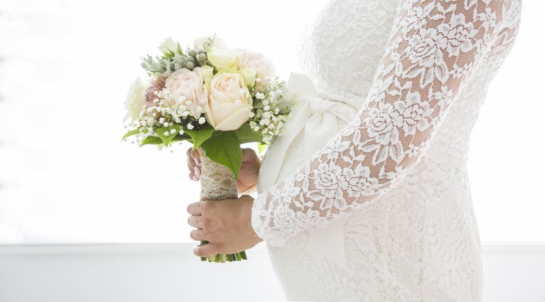 23 maternity wedding dresses maternity wedding dress on pregnant bride junglespirit Choice Image