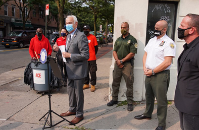Queens councilman brings more cleaning services to district to offset budget cuts