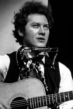 Jared Weiss Sings Bob Dylan