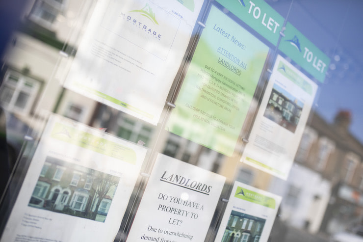 Picture of ads in letting agent window