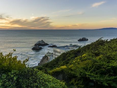 cliff-house-pacific-ocean