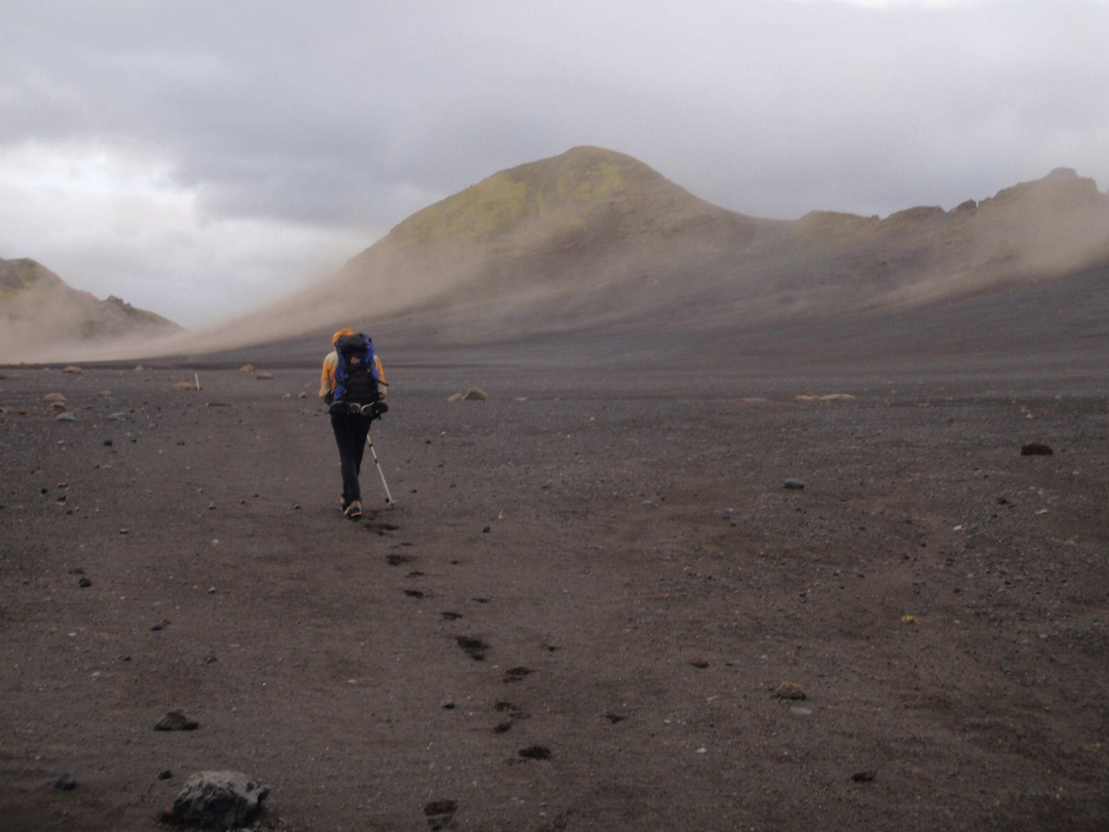 Laugeregar Trek in Iceland