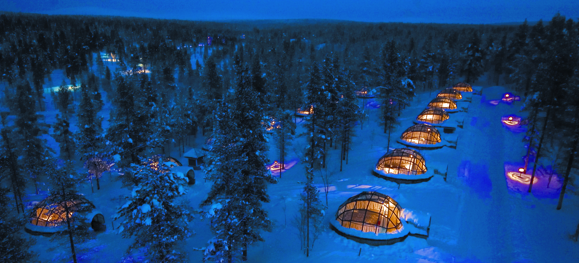 Igloos view from air Kakslauttanen JPG (1)