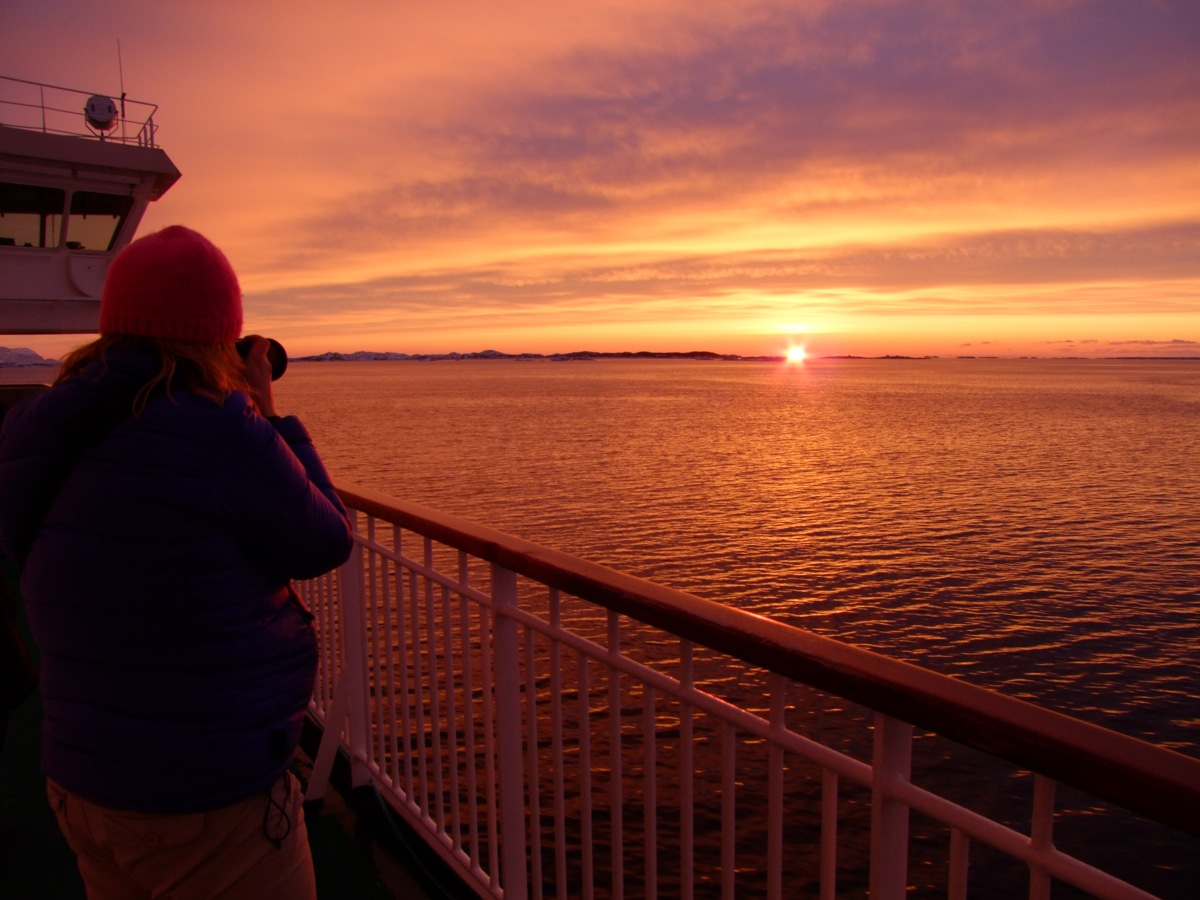 Hurtigruten Midnight Sun