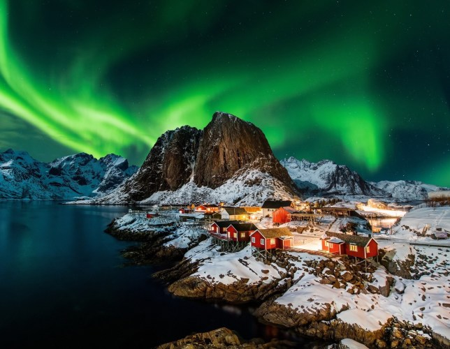 Northern Lights Christmas 2020 Best months for the Northern Lights | 50 Degrees North