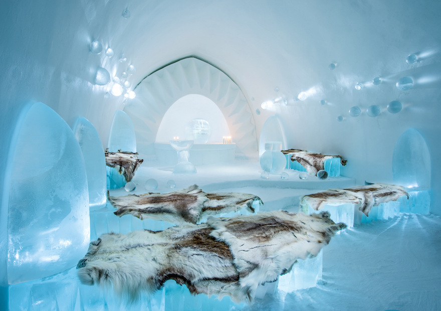 ICEHOTEL CHAPEL