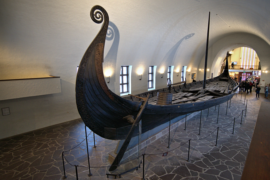 1 VikingShipMuseum photo Andre? Henrion from 2017