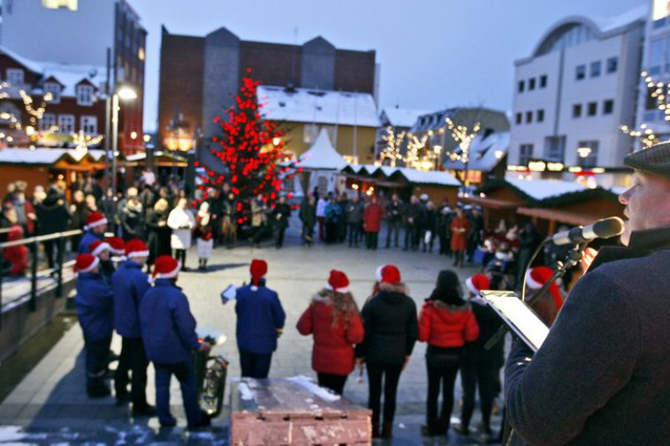 Celebrate Christmas In Iceland 50 Degrees North