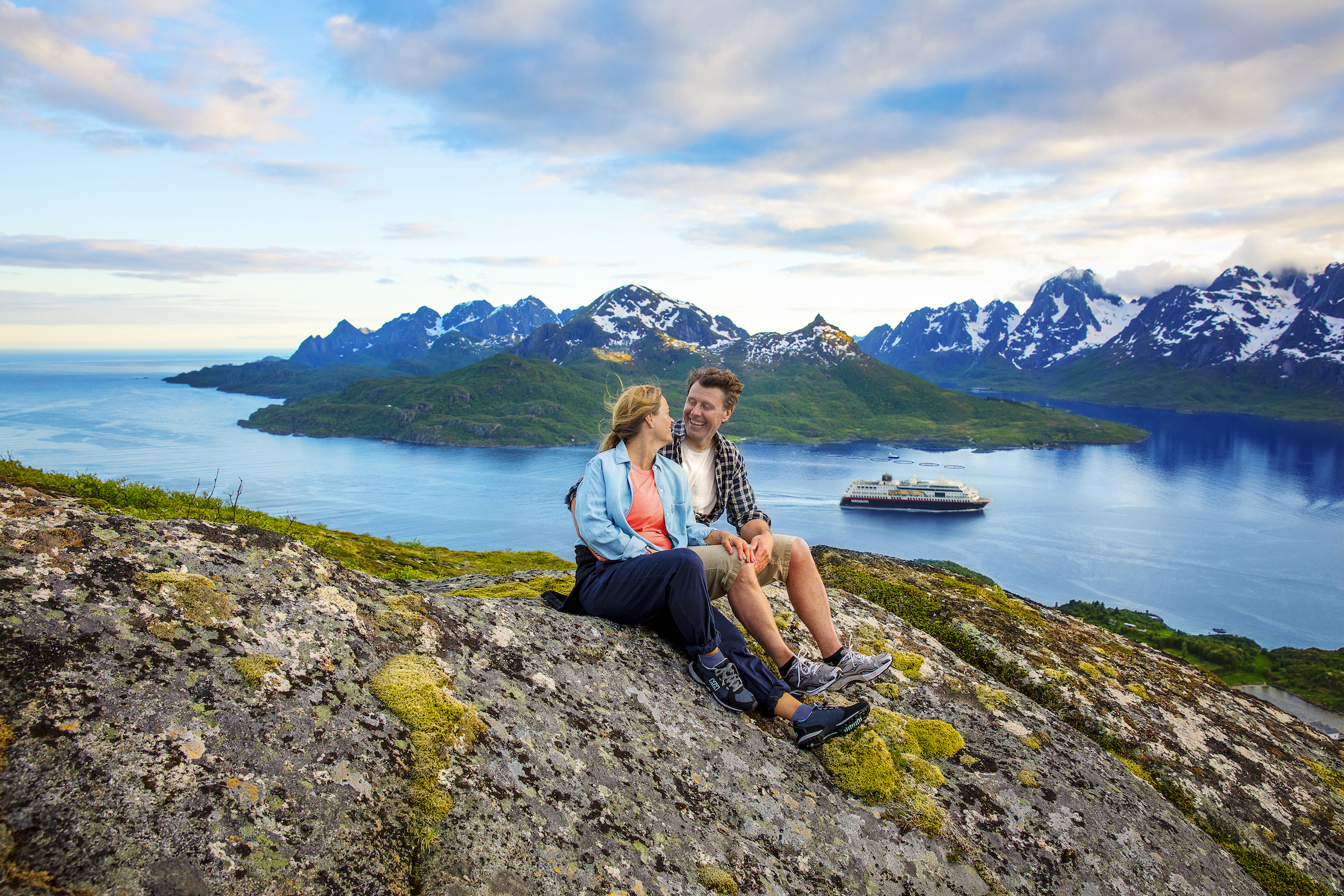 Hurtigruten Norway tours