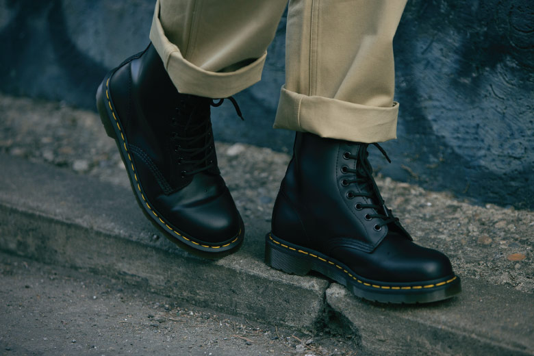 Dr Martens 1460 Side Outfit