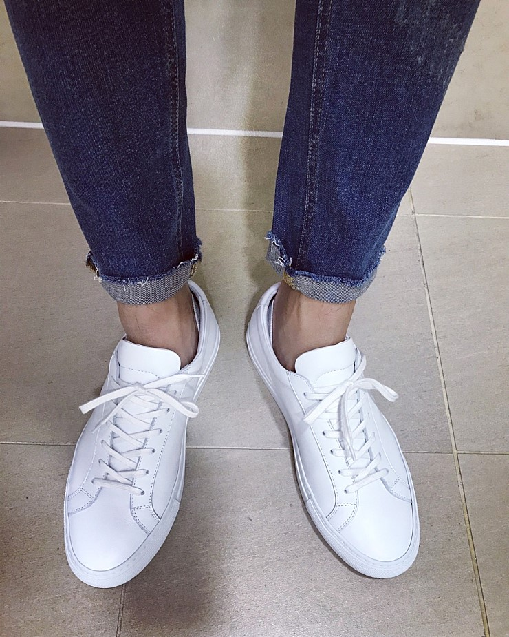 Common Projects Original Achilles Low with jeans
