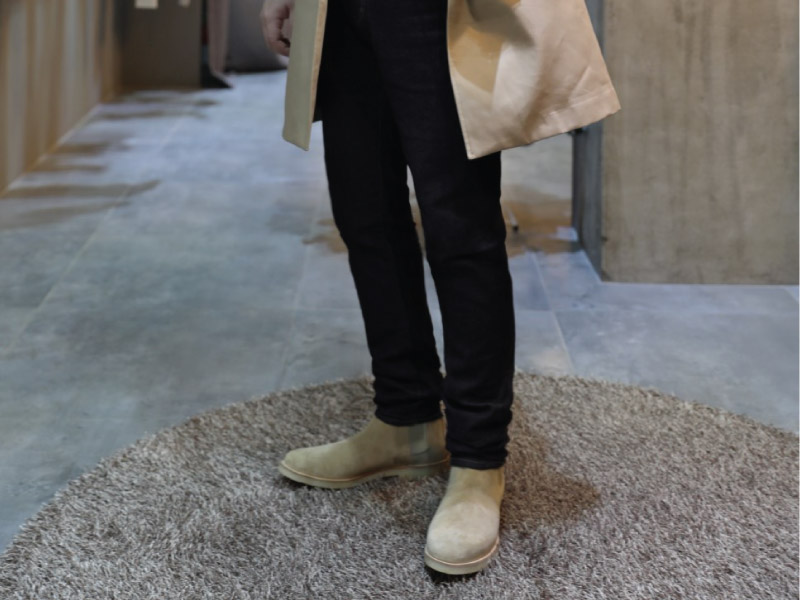 Common Projects Chelsea Boots Slim Pants Outfit