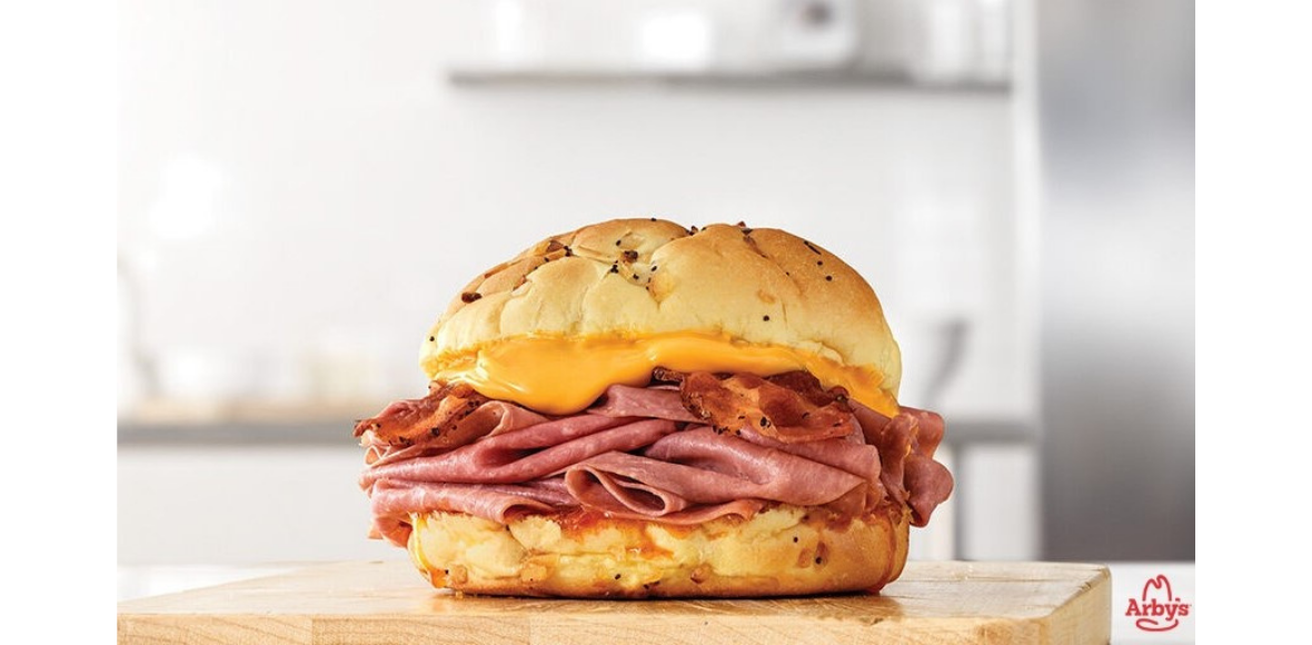 [Image] [offer] 2 Bacon Beef N Cheddar Sandwiches for $9