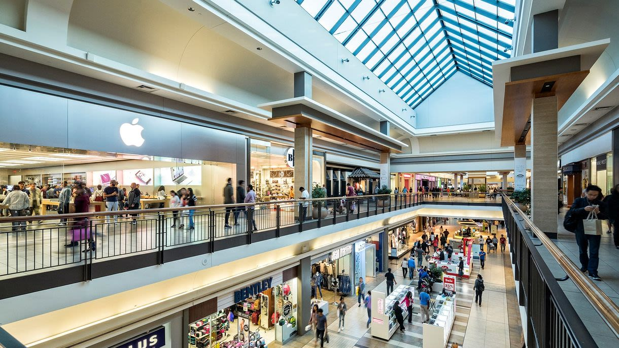 [CF Fairview Mall] - Interior Mall