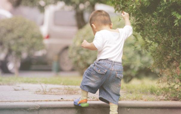 Child-development-15-to-18-months