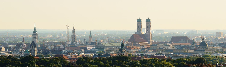 Skyline München mit Frauenkirche
