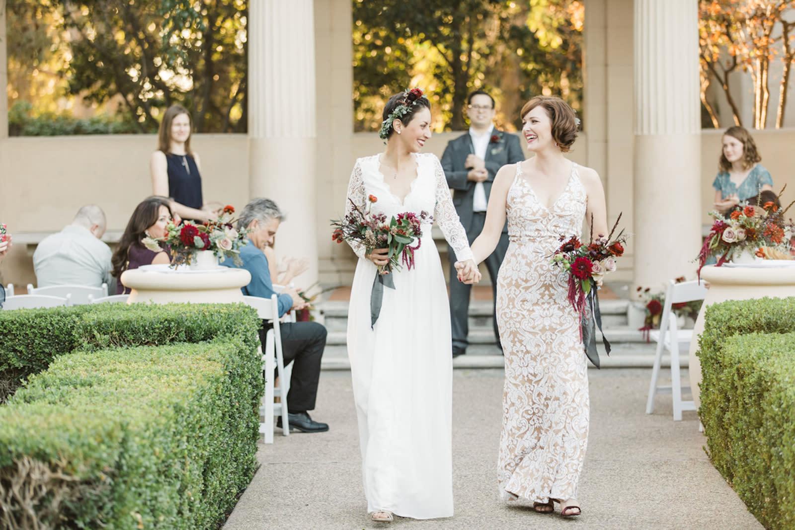 How To Plan A Wedding On A Budget Zola Expert Wedding Advice