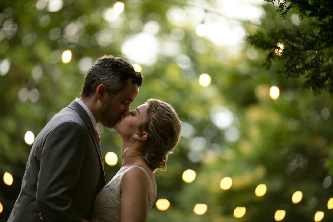 How to Have a Small Destination Wedding