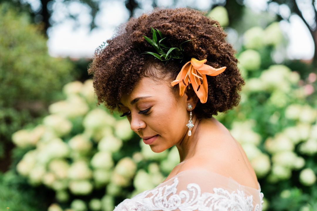How To Wear Your Natural Hair For Your Wedding Zola Expert Wedding Advice