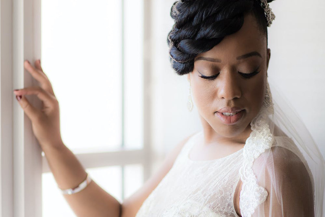 Should You Use Airbrush Makeup on Your Wedding Day