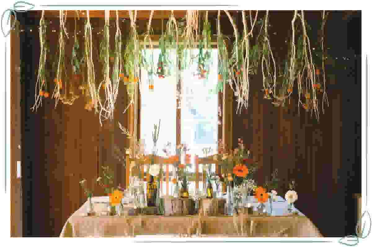 vegan-wedding-ideas-plant-garland
