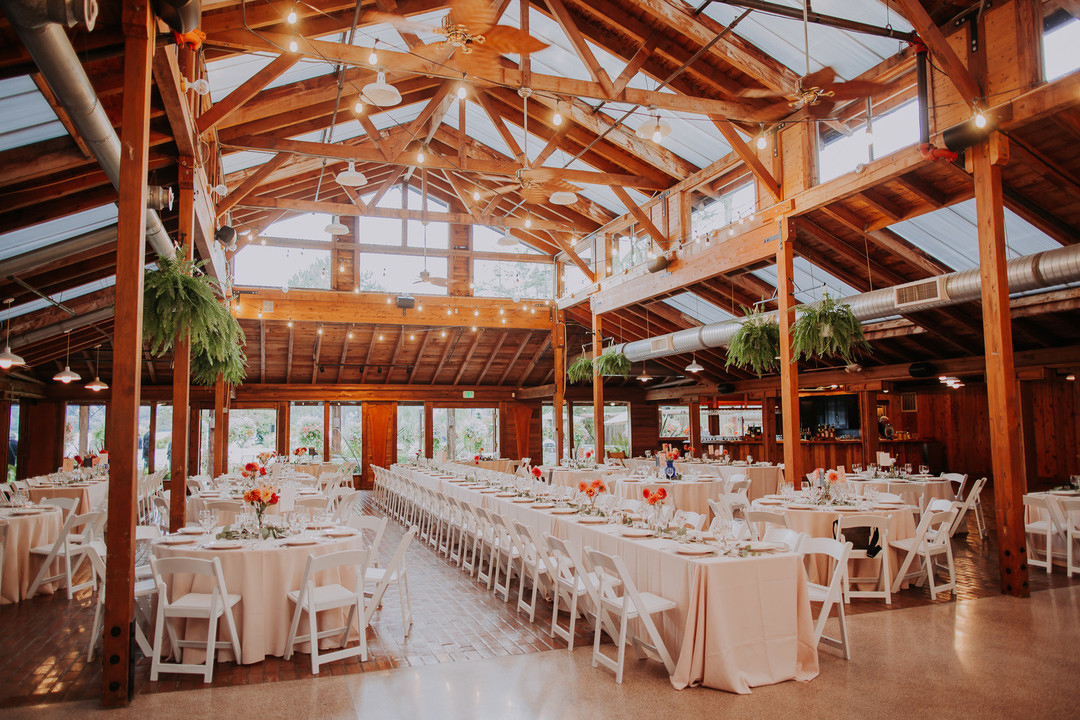 How Much Do Wedding Venues Cost? | Zola Expert Wedding Advice