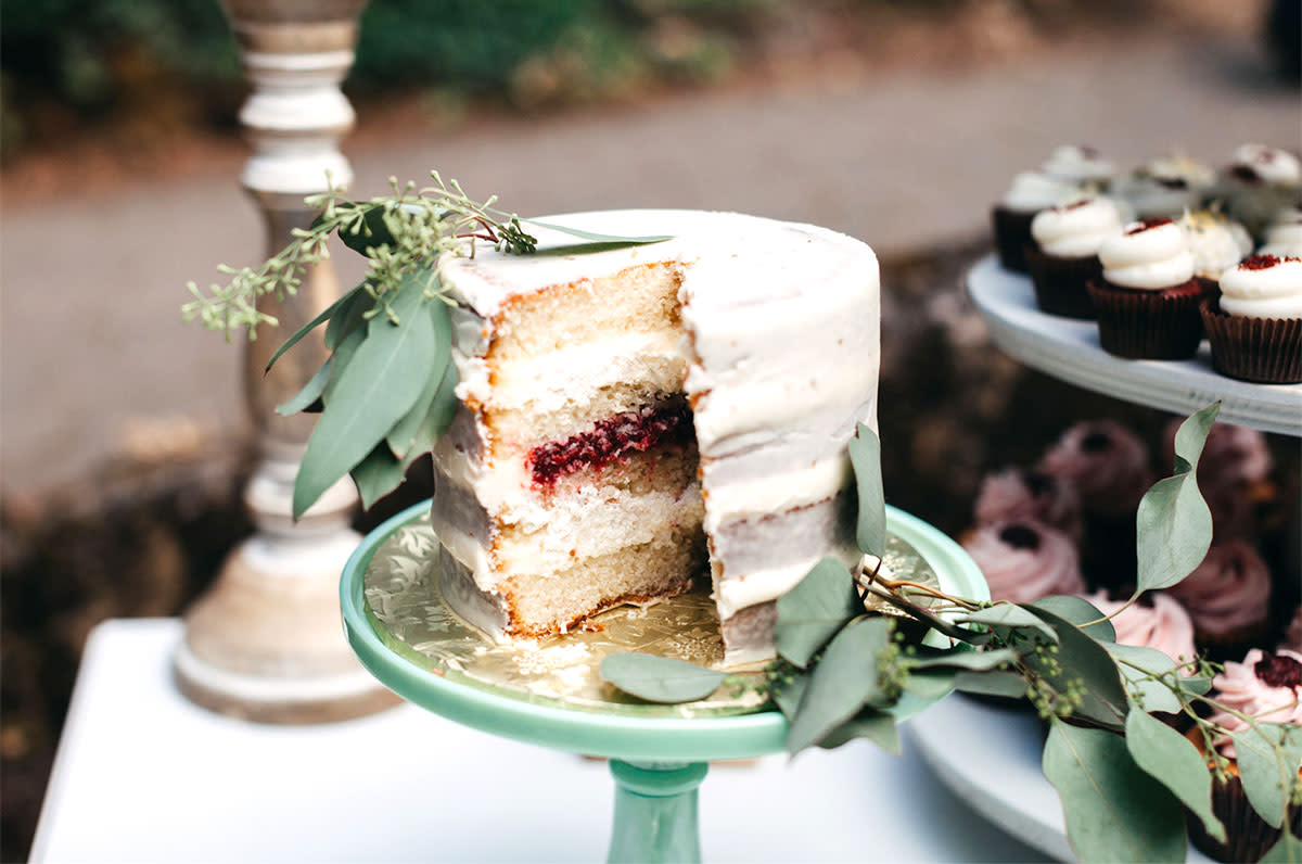 112 Wedding Cake Ideas For Every Season Zola Expert Wedding Advice