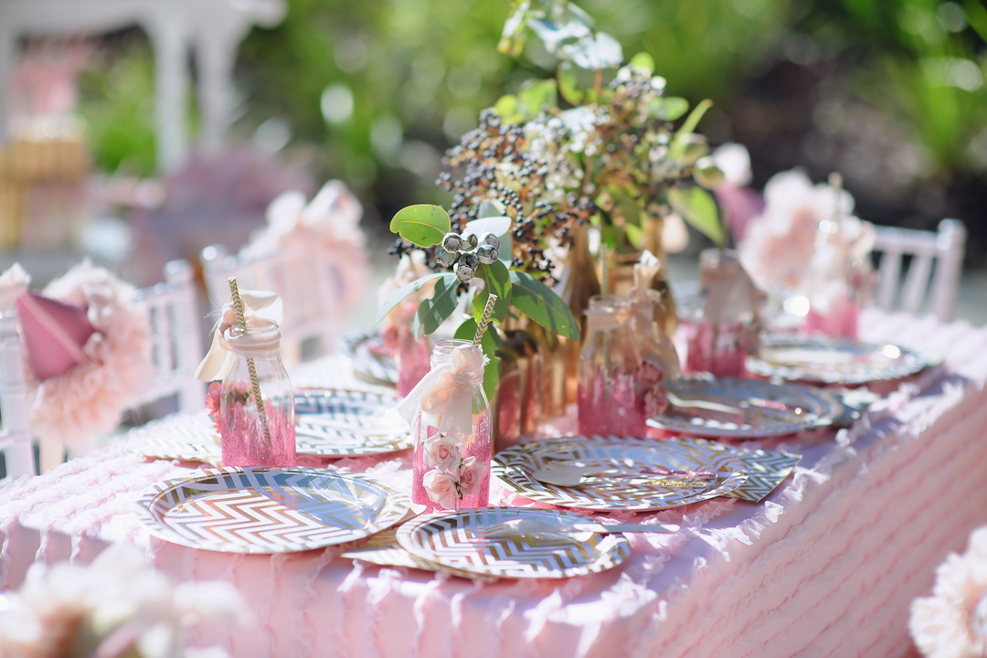 How to Set Up a Wedding Kids Table
