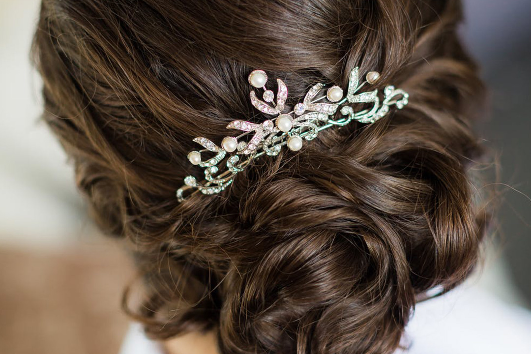 Best Hairstyles for a Beach Wedding