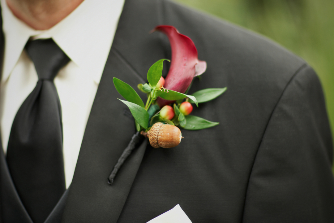 Festive Fall Boutonniere Ideas