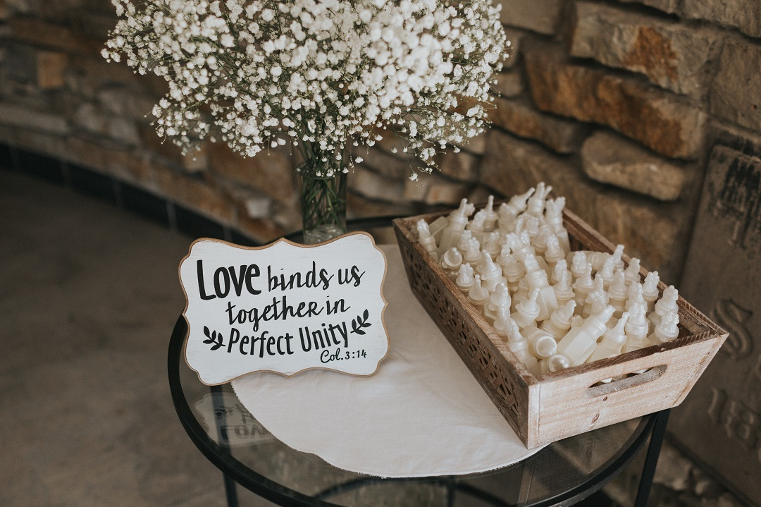 15 Practical Wedding Favors