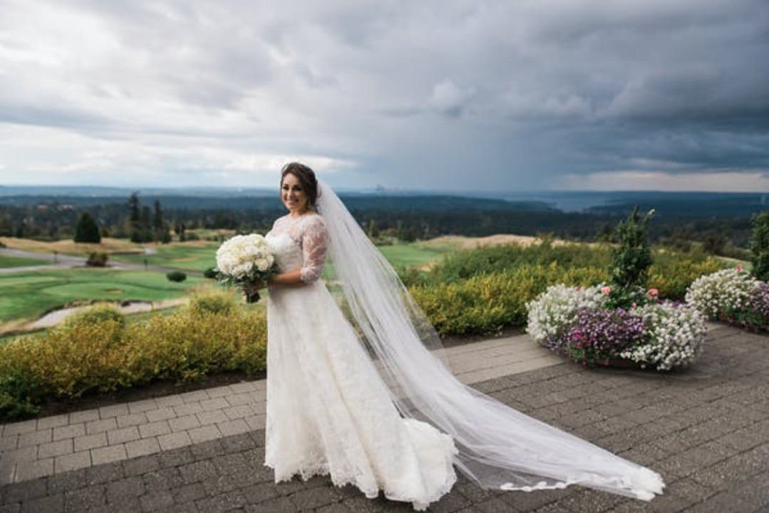 How Long Should My Wedding Dress Be?