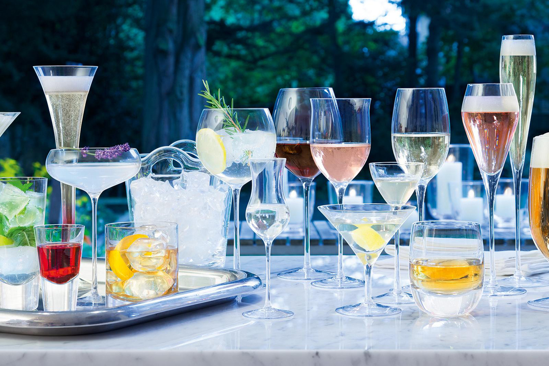 Our Essential Guide To Drinkware And Bar Accessories Zola Expert Wedding Advice