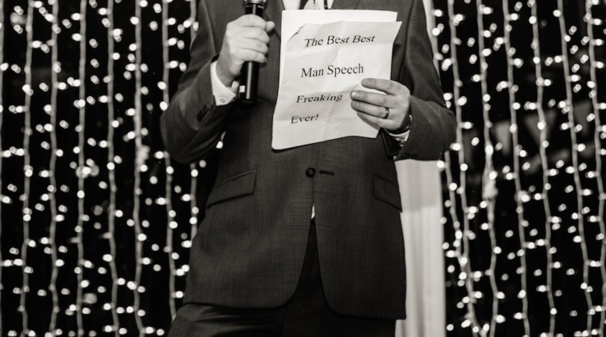 "Best Man holding a paper with text ""Best best man speech ever"""