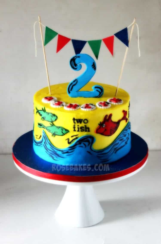 One-Fish-Two-Fish-Dr.-Seuss-Cake