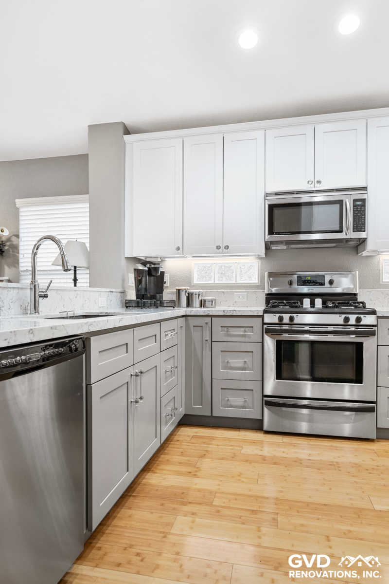Gray/White Kitchen Remodel