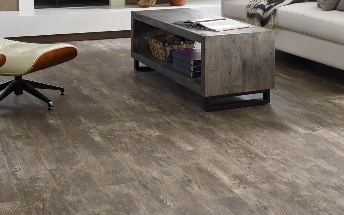 8 Benefits of Vinyl Tile Flooring for Your Home
