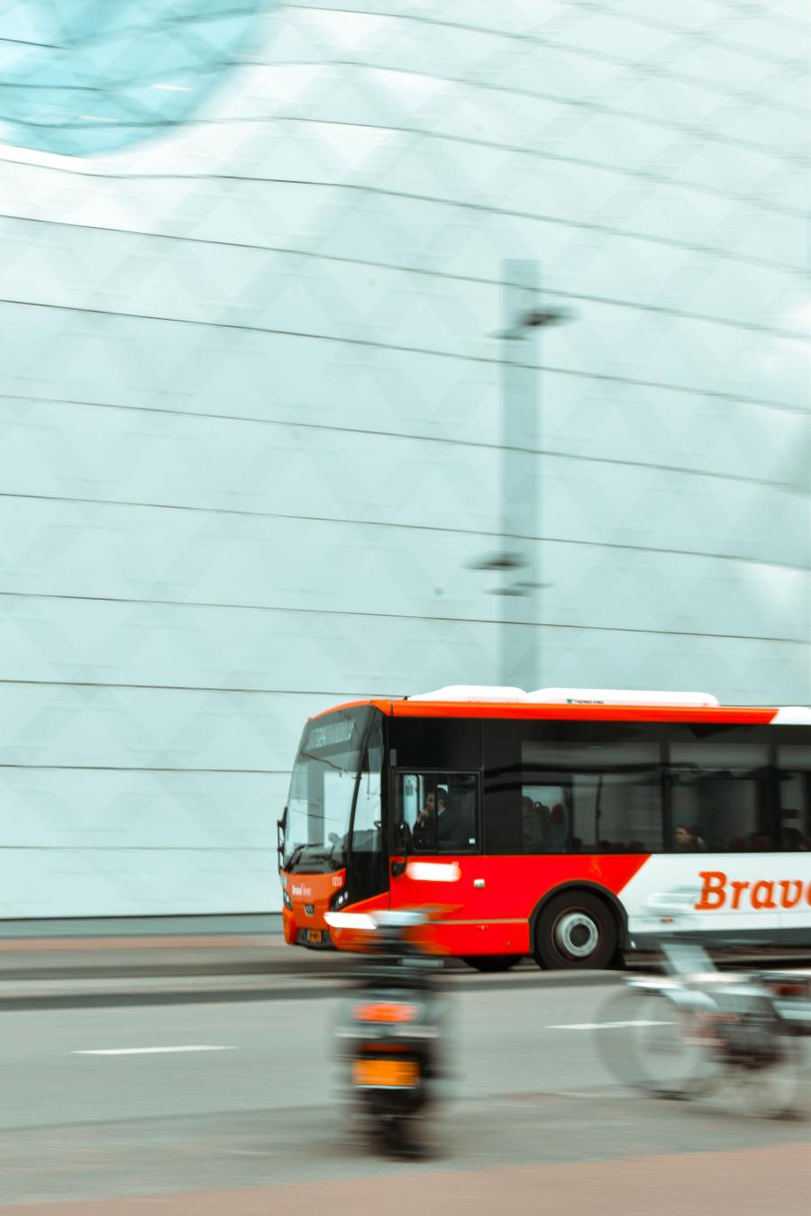 Image for Article: Lander & Rogers advises Singaporean transport company ComfortDelGro on the acquisition of Buslink